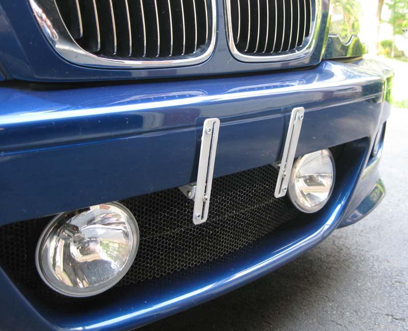 Chrysler 300 license plates